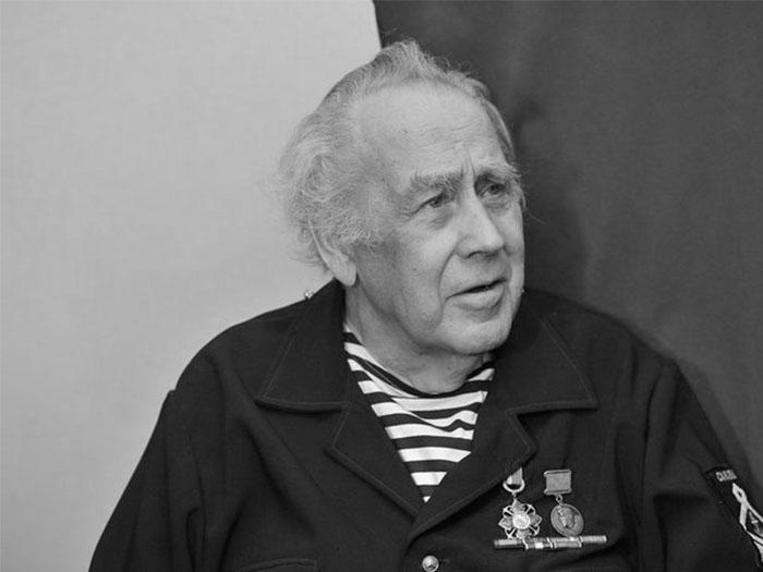 Скончался детский писатель Владислав Крапивин